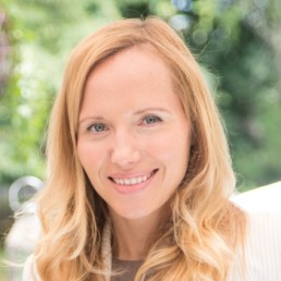 Edyta Kosowska (Program Manager, Software)